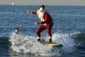 Santa Hits the Beach as Warm Weather Continues in December